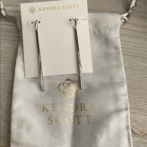 NWOT KENDRA SCOTT EARRINGS